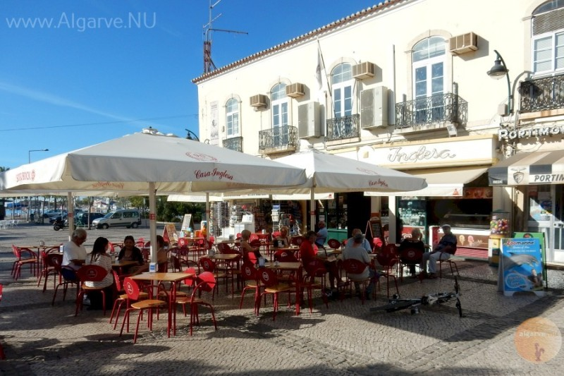 Dining and drinking at Portimao